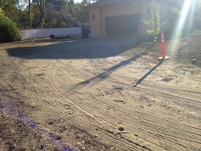 Chip Seal Calistoga Dunaweal Lane driveway before